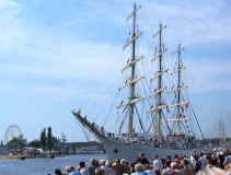 DAR MŁODZIEŻY - polska fregata szkoleniowa na regatach wielkich żaglowców regat wielkich żaglowców The Tall Ships Races